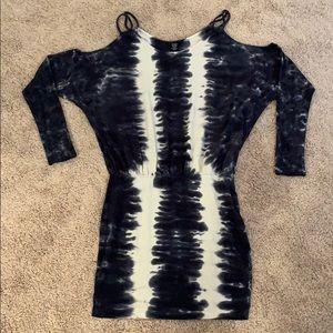 Moda Int bodycon tie dye cold shoulder dress